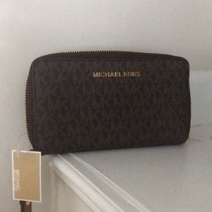Michael Kors Large signature  Phone Case/Wallet